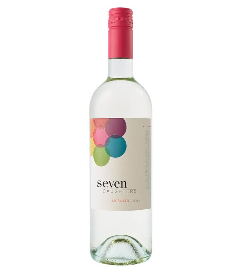 Seven Daughters Moscato 2018, bottle on white