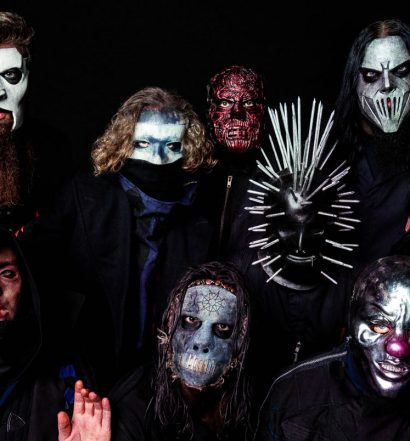 Slipknot 2019, band members in costume, featured image
