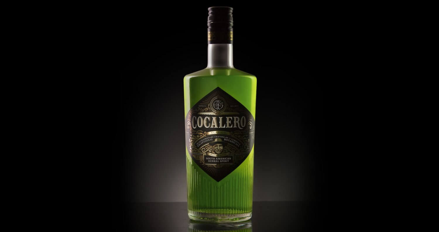 Cocalero Clásico, bottle on dark shadow, featured image