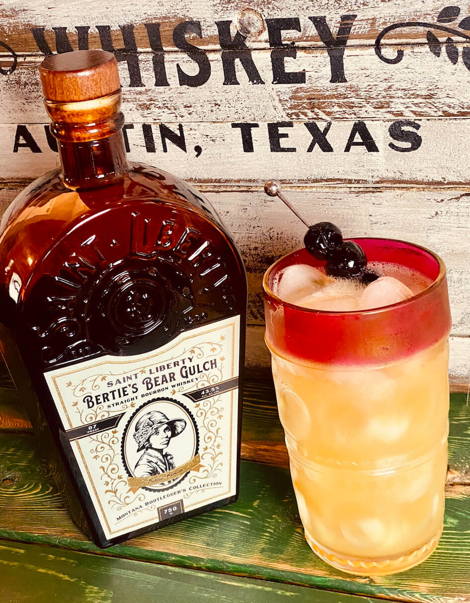 Skinny Liberty Amaretto Sour