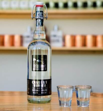 Telluride Distilling Company — Chairlift Warmer Peppermint Schnapps