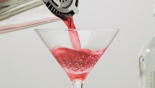 Drink in History: The Cosmopolitan