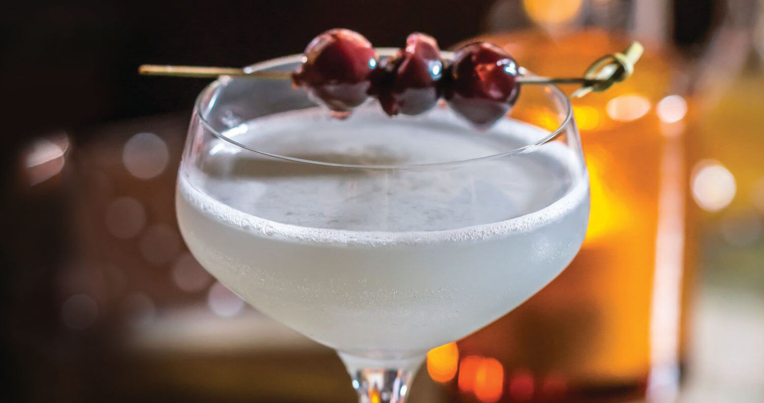 Aviation cocktail, featured image